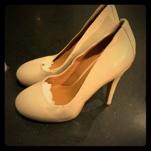 Kelsi Dagger leather heels